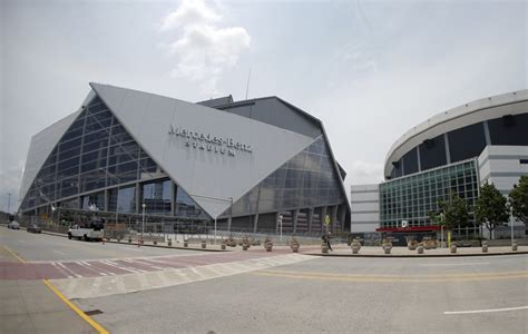 Comparing Mercedes-Benz Stadium and Georgia Dome by the