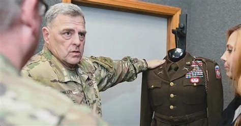 """Why the Army's new uniforms bring back memories of """"The"""