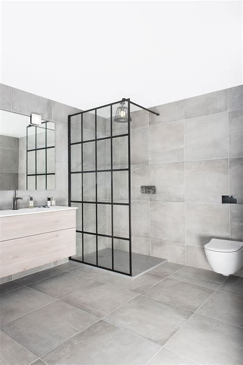 FRAME Collection - Drench Showers