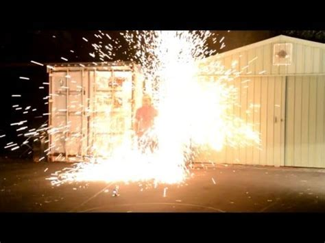 Explosion from high voltage capacitor bank into steel wool