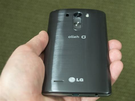 The LG G3's rear power and volume buttons   Android Central