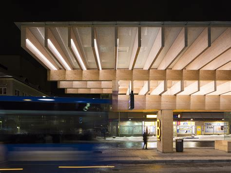 A structure made of concrete and laminated timber for a