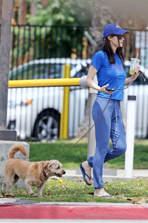 Alexandra Daddario Out And About, Pokies Edition   The