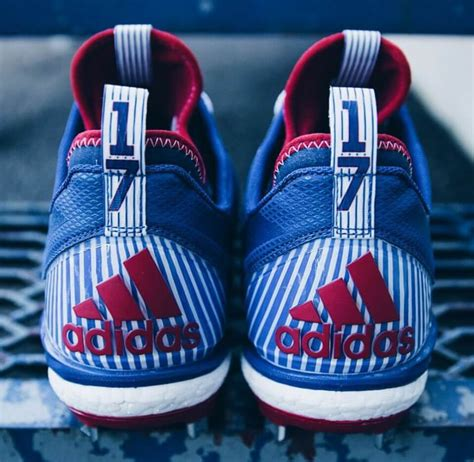 What Pros Wear Kris Bryant's adidas Boost Icon 2 Cleats