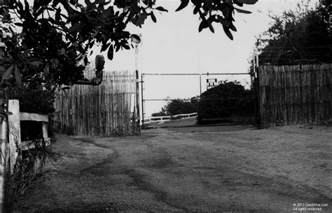 10050 Cielo Drive Gate | Charles Manson Family and Sharon