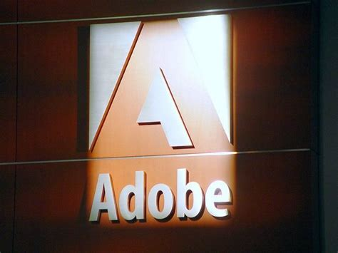 Adobe Experience Manager Update Extends DX Beyond