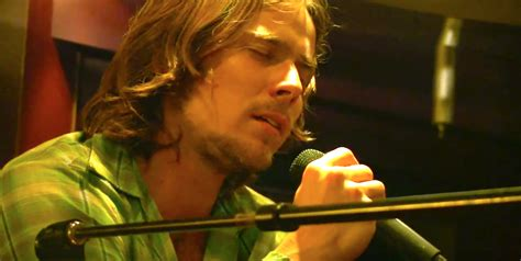 """Watch Willie Nelson's Son Perform """"Always On My Mind"""" With"""