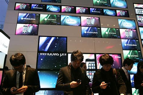 South Korea Posts The Highest ICT Trade Surplus Among